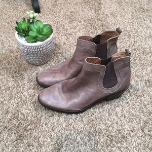Sofft Brown Booties